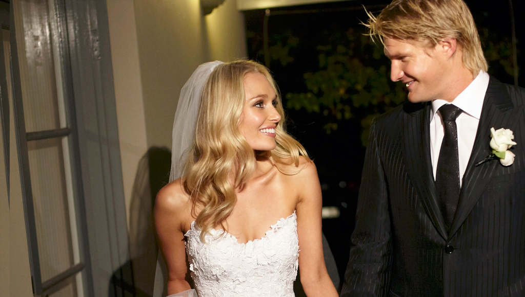 Marriage Celebrant Vicki Lever couple Lee Furlong & Shane Watson