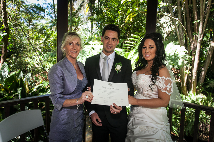 Marriage Celebrant Vicki Lever couple Samara & Dean
